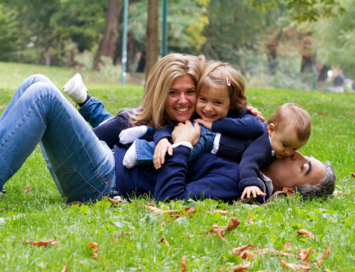 I tuoi ritratti nei caldi colori autunnali | book fotografico di famiglia autunnale