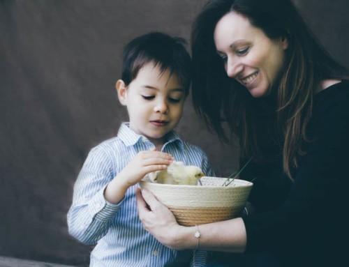 A spasso con i pulcini – Fotografo di famiglia Milano